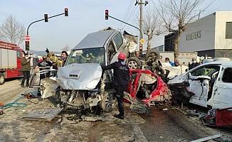 Bursa'da Korkunç Kaza! 21 Kişi Yaralandı