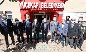 Vali Varol, Eleşkirt Yücekapı Belde Belediyesine Ziyarette Bulundu