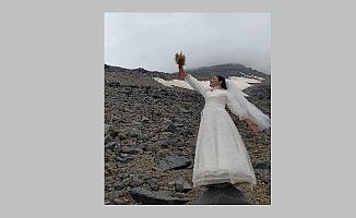 Ağrı Dağı ile evlendi!