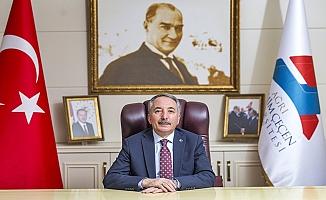 AİÇÜ Rektörü Karabulut'un 15 Temmuz Mesajı