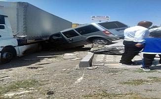 Patnos'ta Trafik Kazası 2 Kişi Yaralandı