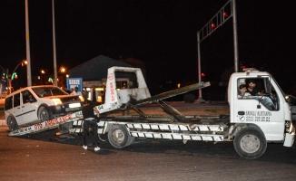 Ağrı'da trafik kazasında iki kişi yaralandı
