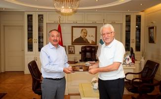 AİÇÜ Rektörü Karabulut, NEÜ Rektörü Zorlu'yu misafir etti