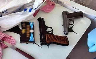 Tutak'ta silah kaçakçılarına operasyon yapıldı
