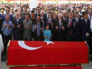 Şehit Uzman Onbaşının Cenazesi Toprağa Verildi
