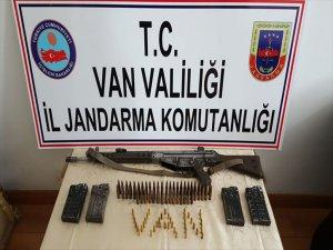 Van'da Bir Evde G-3 Piyade Tüfeği Yakalandı