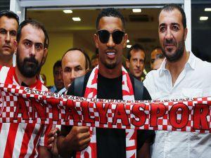 Fransız Futbolcu Vainqueur Antalya'da