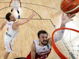 A Milli Basketbol Takımı Avrupa Şampiyonası'na Veda Etti