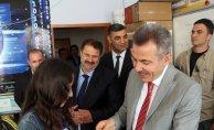 Ağrı Valisi Süleyman Elban Karne Alan Öğrencileri Ziyaret Etti