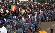 Etiyopya Başbakanın Mitingine Bombalı Saldırı 1 Ölü 132 Yaralı
