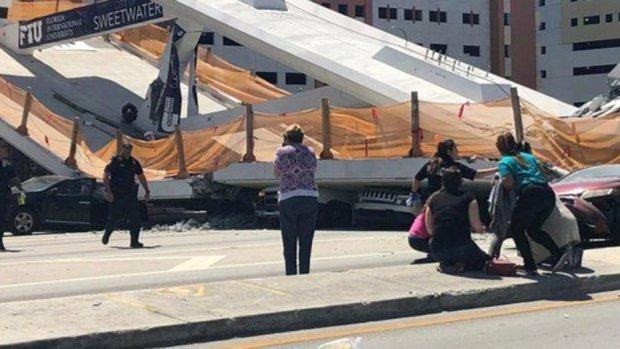 Amerika'da üst geçit çöktü: 1 ölü, 6 yaralı