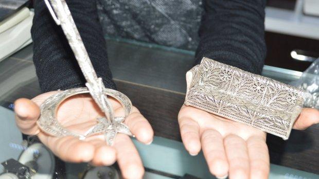 Telkari sanatı kadınların elinde şekilleniyor