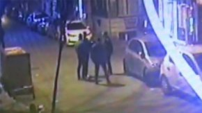 Fatih'te bıçaklı kavga kamerada