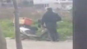 Fırsatçı motosiklet hırsızı kamerada